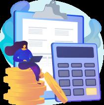 Mulher com notebook no colo sentada em cima de moedas, com uma prancheta com papel e calculadora atrás